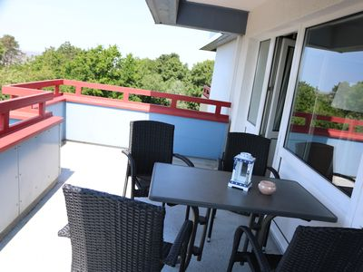 Photo for Family friendly apartment with 2 bedrooms, terrace and swimming pool