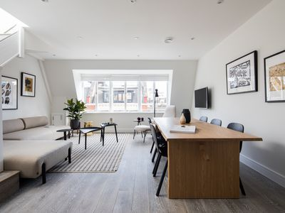 Photo for Spacious Leicester Sq 3BR Penthouse - Roof Terrace