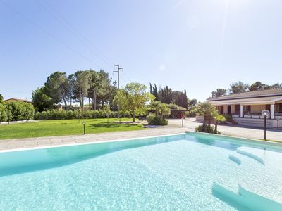 Photo for Alghero Villa with Pool for 16 people 8 bedrooms 4 bathrooms, 2 kitchens, near the sea