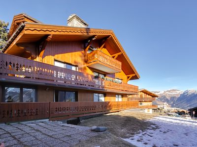 Photo for Courchevel 1850: apt 6 pers, 56m2, near the slopes and close to the shops