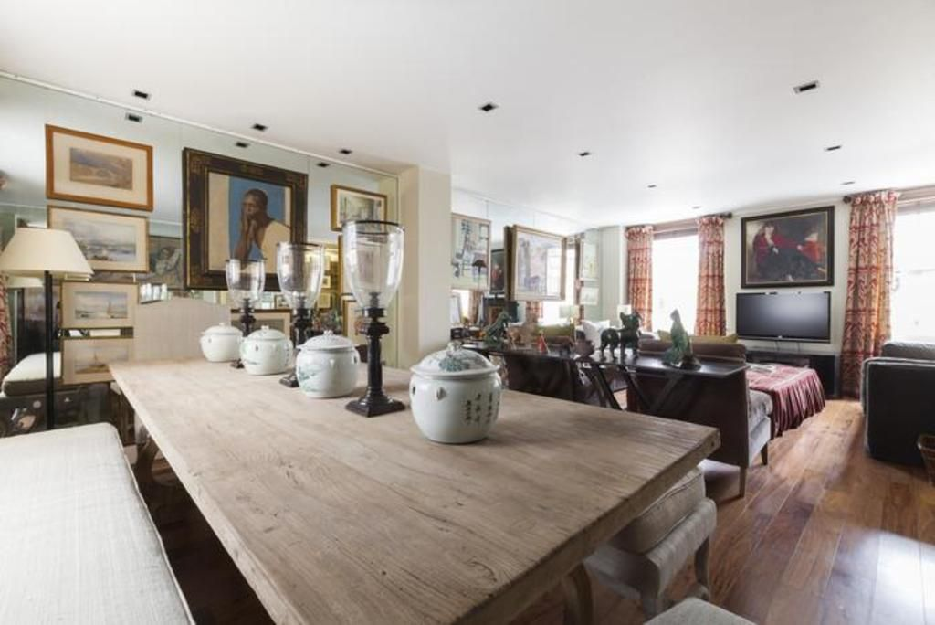 London Home 473, The Ultimate 5 Star Holiday Home in London, England - Studio Villa, Sleeps 4