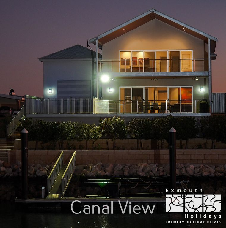 21 corella court private jetty pool vrbo for Pool show on foxtel