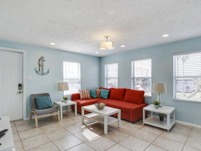 Photo for 2 Bed 1 Bath Walking distance to JOHNS PASS