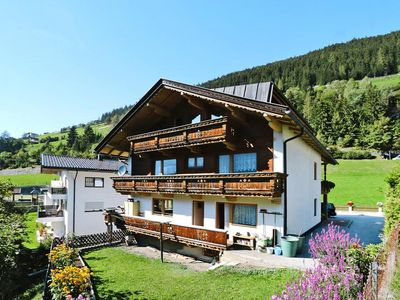 Photo for Apartments home Hoflacher, Mayrhofen  in Zillertal - 7 persons, 3 bedrooms