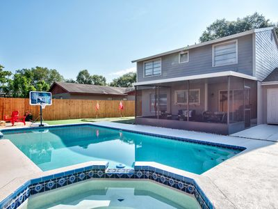 ✪Large Family Retreat✪2 King Beds✪Heated Pool & Hot Tub ✪Mini Golf & Game Room
