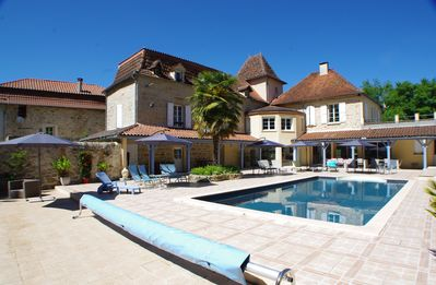 Photo for Bed and breakfast and cottages with heated pool near Figeac