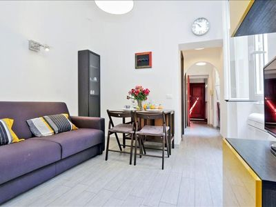 Photo for Ombrellari  apartment in Prati with WiFi & integrated air conditioning.