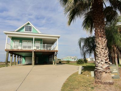 Photo for 3 bedroom/ 3.5 bath home with beach access!