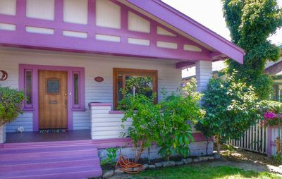 Photo for Purple Moon Seabreeze Cottage