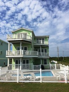 Photo for Beautiful Ocean Front House with Private Pool