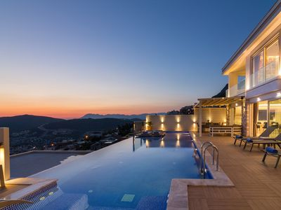Photo for Contemporary 4 Bedroom Luxury Villa,Stunning Sea Vİews, 6 mins drive to centre