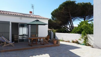 Photo for HOUSE 5 Persons, CENTRE VILLAGE, 250m BEACHES, BIG COURT THE SEA COUARDE
