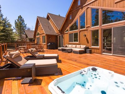 Photo for Heavenly Log Home Luxury 4 BR Massive Estate / Pool Table / Spa