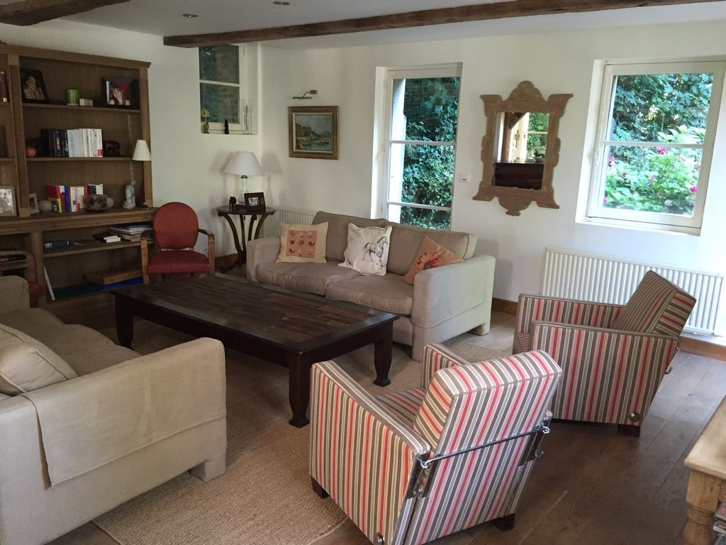 Finest Honfleur Chateau Country House Rental With 32 Beste American Farmhouse Interior Design