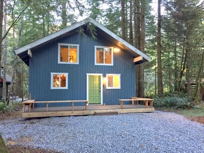 Photo for Mt. Baker Lodging Cabin #66 – HOT TUB, WOOD STOVE, BBQ, WIFI, SLEEPS-10!