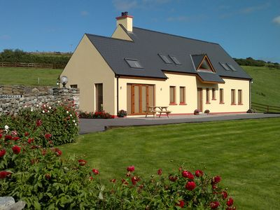 Photo for Luxury New 4 Bedroomed Holiday Home With Large Garden & Patio