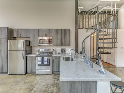 Photo for .Central Downtown Atl - Luxury & Modern Loft