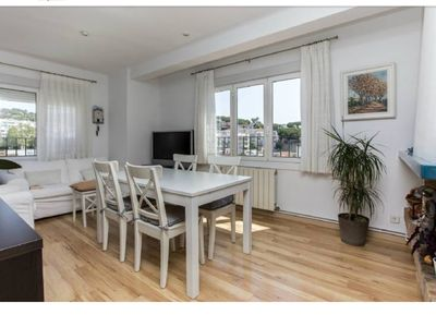 Photo for Beautiful sea views, bright apartment 3 minutes from the beach