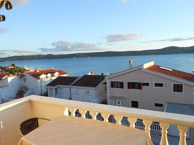 Photo for Two bedroom apartment with balcony and sea view Sveti Petar (Biograd)