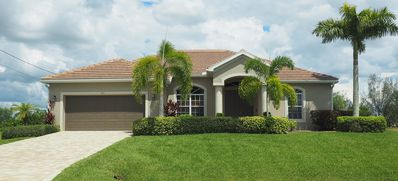 Naturally Beautiful! Bright, airy, affordable, & family oriented! NW Cape Coral!