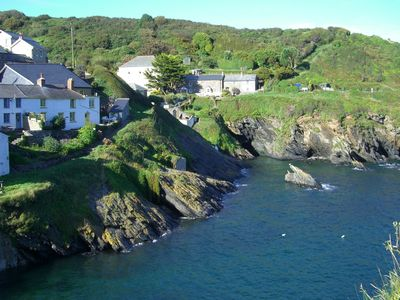dolphin portloe mid former cosy cottages is terrace property cottage a details image accommodation description holiday