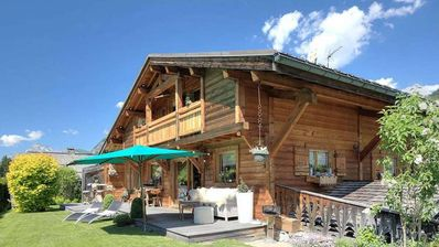 Photo for 4BR Chalet Vacation Rental in Praz-Sur-Arly, Auvergne-Rhône-Alpes