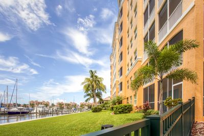 This condo is situated a short walk from the marina.