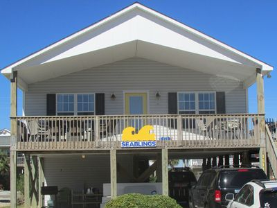 Welcome to Seablings! Enjoy the morning sun on the porch and in the evening....