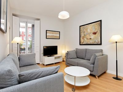 Photo for Apartment in the center of Madrid with Internet (908536)