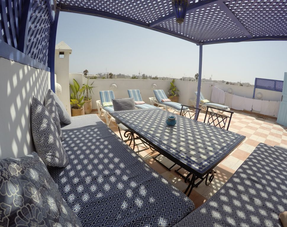 Spectacular roof terrace spacious interior housekeepercook central