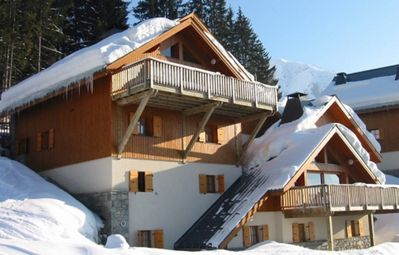 Photo for Oz STATION Alpe d'Huez Private Chalet, Foot of the slopes, wifi, clear view