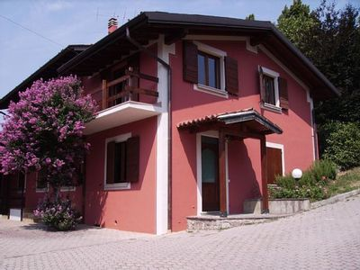 Photo for HOLIDAY HOME THE ARNIA WIFI LAKE D (apartment) OFFER