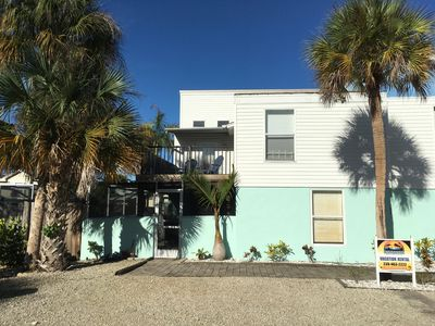 Photo for Perfect Location in Fort Myers Beach * Screened Lanai * 3 BD/2 BA