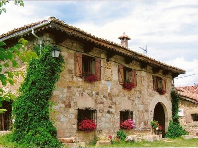Photo for Rural house (full rental) Los Hidalgos de San Mamés for 6 people