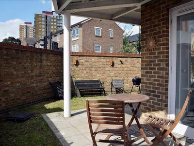 Photo for 2 Bedroom East London Flat With Garden