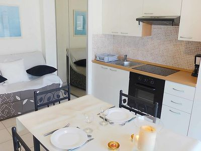 Photo for One bedroom Apartment, sleeps 2 with Air Con, WiFi and Walk to Beach & Shops