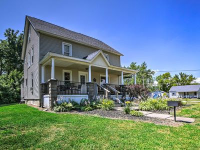 Photo for 2BR Apartment Vacation Rental in Geneva-on-the-Lake, Ohio