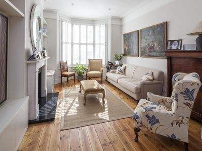 Photo for Winchendon Road - luxury 5 bedrooms serviced apartment - Travel Keys