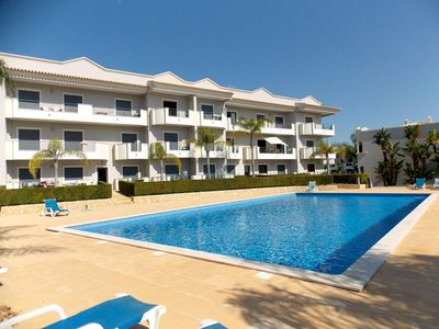Photo for One Bedroom Apartment with Pool View - Albufeira