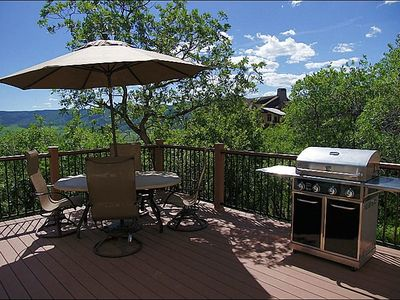 Photo for Luxurious and Pet Friendly with Beginner Level Ski Access (202854-1452)