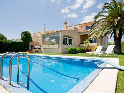 Photo for Apartment in the center of Roques Daurades with Parking, Internet, Washing machine, Air conditioning (296373)