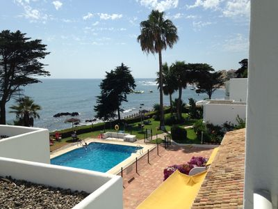 Photo for Stunning views, frontline beach apartment, suitable for all seasons