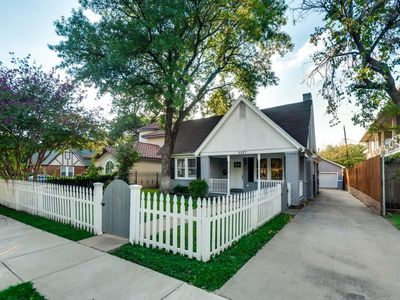 Photo for Charming Knox Henderson/Uptown Home in Heart of Dallas!!