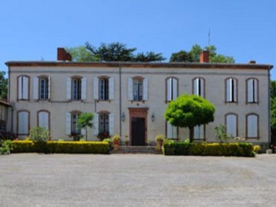 Photo for Gite Labatut, 5 bedrooms, 8 persons