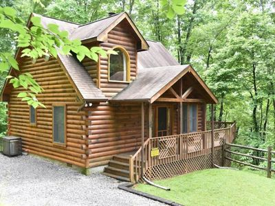 Photo for 3BR House Vacation Rental in Sevierville, Tennessee