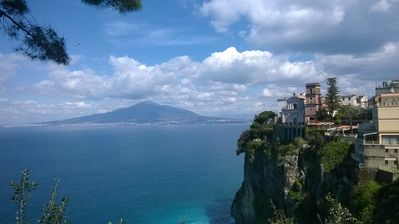 Photo for Delicious and spacious flat in a relaxed and picturesque area, Sorrento coast!