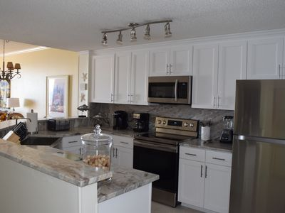 Photo for Newly-Renovated 2 Bedroom Gulf-Front Condo at Beach Club! Make Some Memories!
