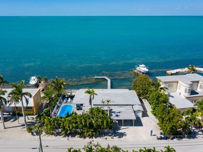 Photo for Caribbean Sunset 3bed/3bath with private pool, dockage & open water views