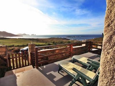 Photo for Cozy beach house with stunning views