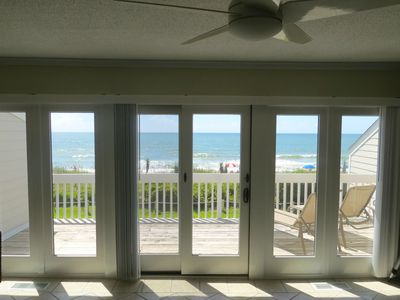 Photo for 3BR Oceanfront Townhouse w/ AMAZING VIEW, Pool, Fully Stocked Kit, Wifi & More